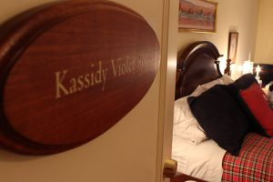 2016-kassidy-violet-room