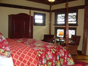 Four-poster king size bed